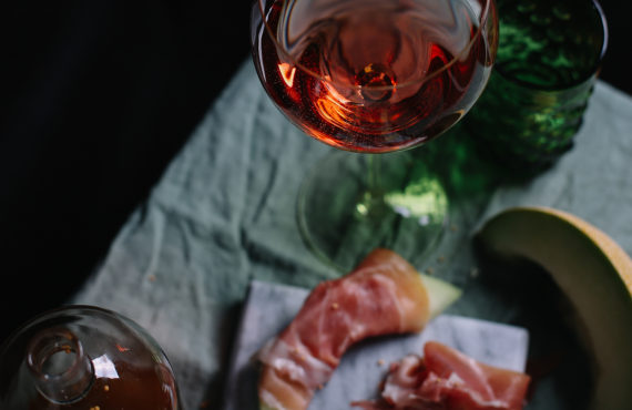Contrasting Duets for Winter Blues: Food & Drink Pairing Recipes