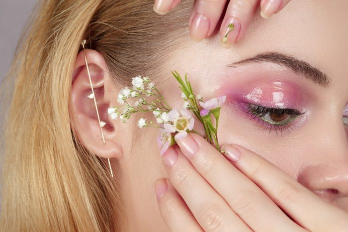 04-spring-beauty-trends